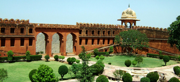 6-jaigarh-fort.jpg