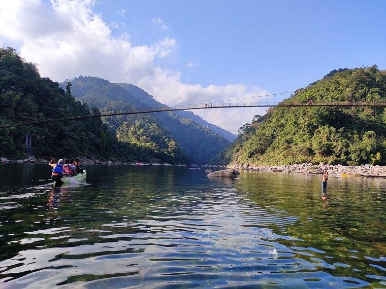 1024px-Dawki_Bridge_and_Umngot_River