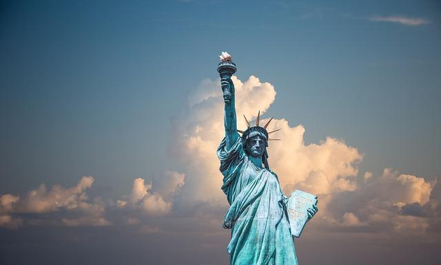 statue-of-liberty-1922120_640