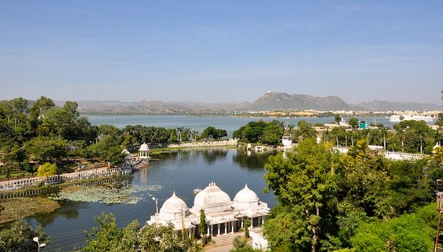 Dining at Lake Pichola Udaipur Rajasthan