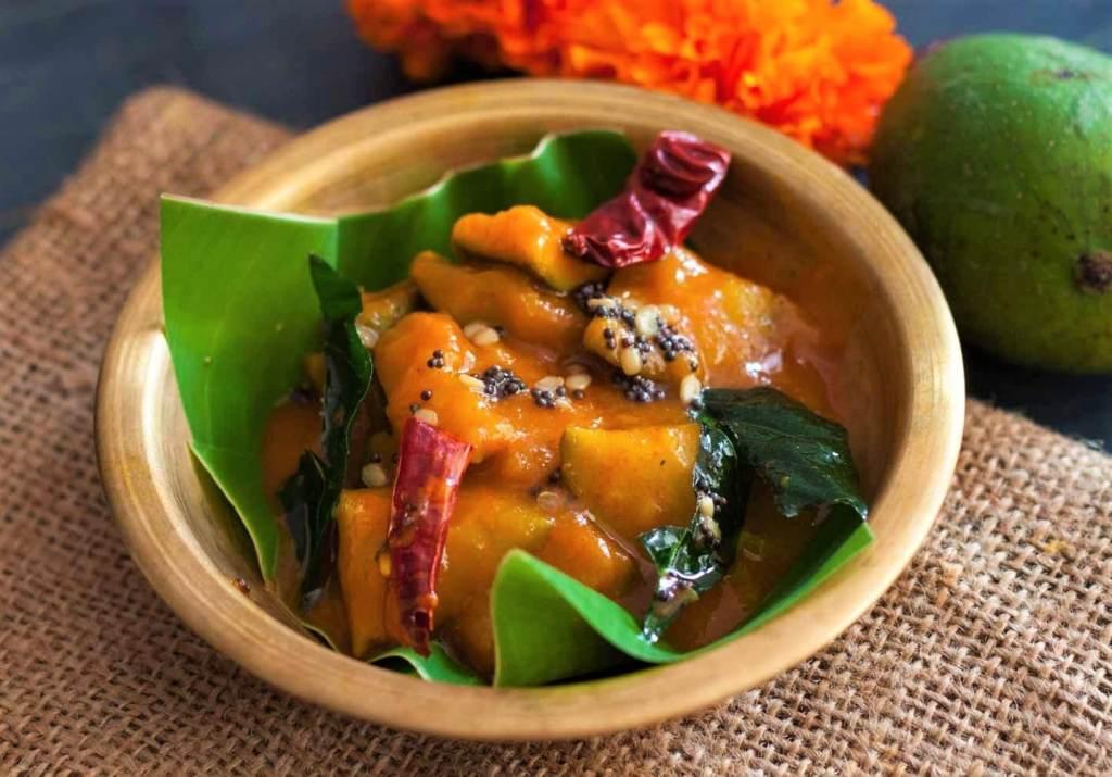 Mango chutney or Mavinakayi Chutney